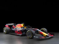 Red Bull Racing RB14 (Design RB15)